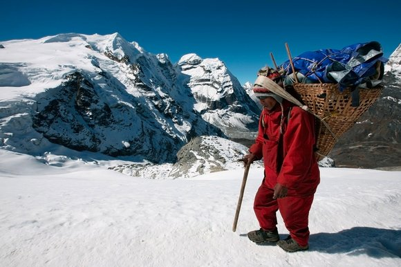 Nepal Trekking Guide and Porters 2017